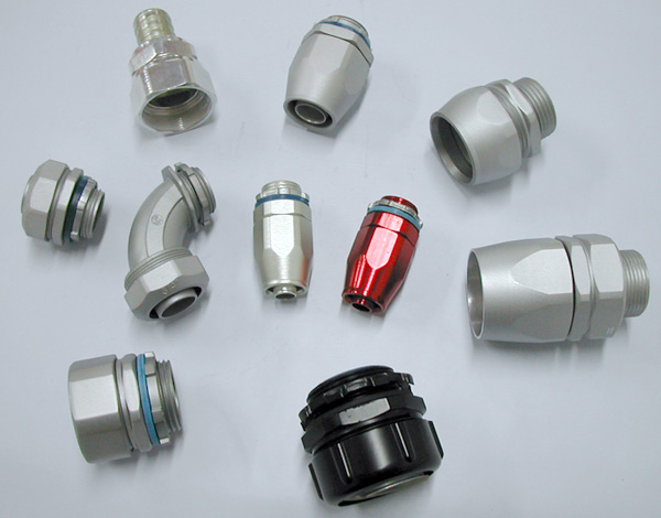 Liquidtight connectors